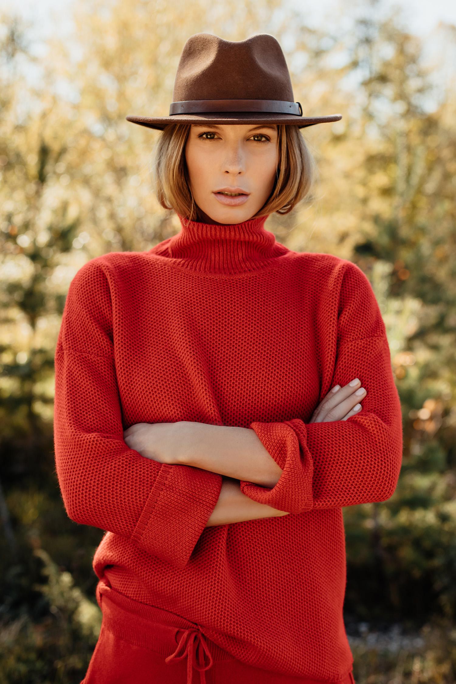 Fotograf-Fashion-Lifestyle-Anna-Fichtner-Einbaum-Fotografen-Agentur-Berlin-R1